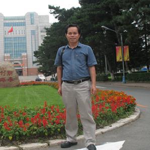 钟灿富——国家级骨干教师 特级教师